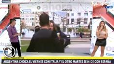 Un mendigo intenta agredir a un periodista argentino en Manchester.