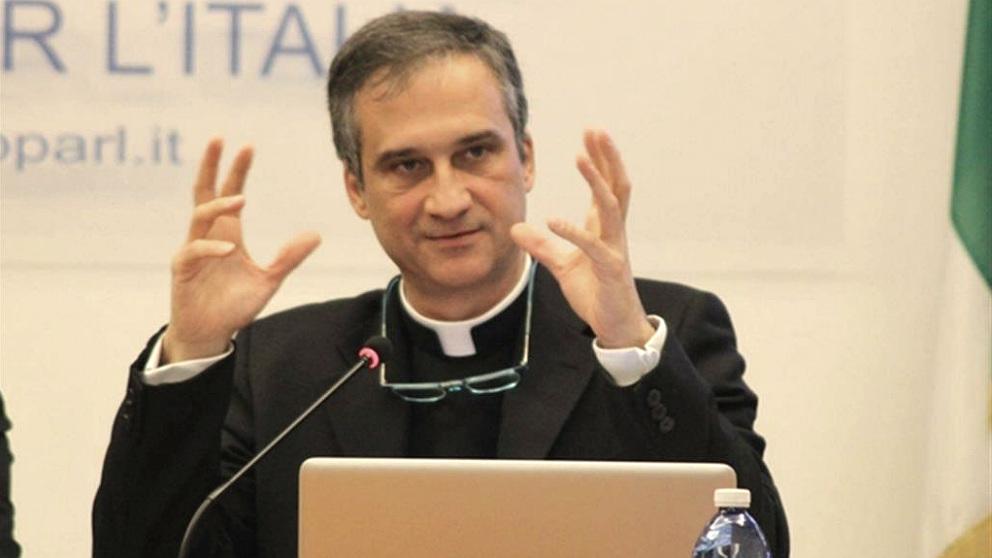 El ex jefe de Comunicación del Vaticano, monseñor Dario Edoardo Viganò.
