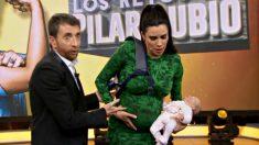 Pilar Rubio finge estar de parto en 'El hormiguero'.