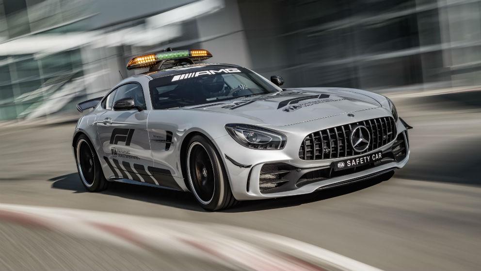 El Mercedes-AMG GT R será el nuevo Safety Car de la Fórmula 1 desde esta temporada, con un motor V8 de 4 litros y 585 CV de potencia.