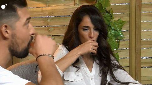 A Vanesa le dan calabazas en 'First Dates'