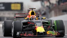 Los pilotos de Fórmula 1 disfrutarán por primera vez de tres zonas diferentes de DRS en un Gran Premio para poder rebasar a sus rivales, lo que se supone que aumentará el espectáculo en pista. (Getty)
