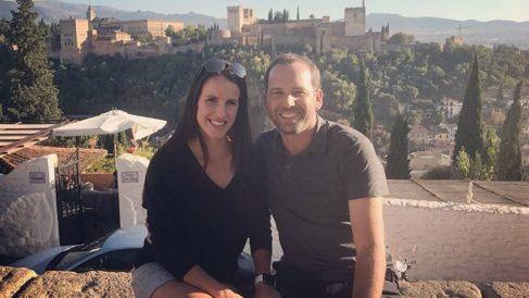 El golfista SErgio García y su esposa comparten su primera foto en familia junto a su hija