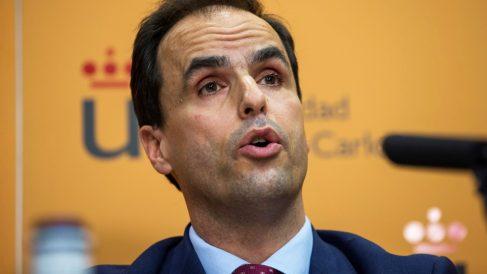 Javier Ramos, rector de la Universidad Rey Juan Carlos. (Foto: EFE)   Máster Pablo Casado