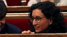 Marta Rovira en el Parlament. (Foto. EFE)
