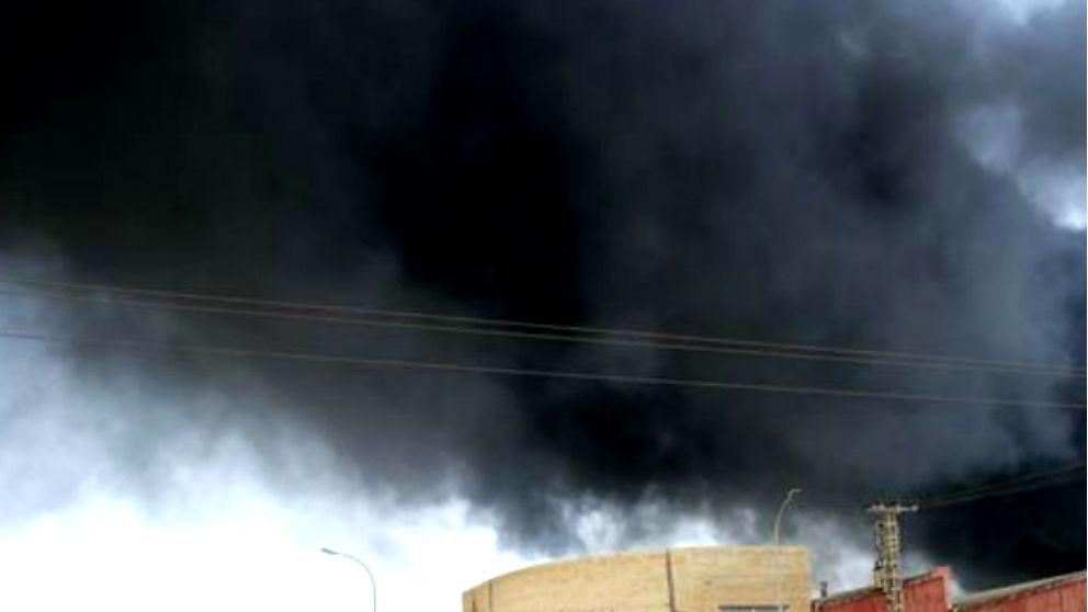 Imagen de archivo de un incendio en una planta química.