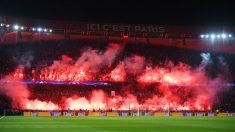 Los ultras del PSG encendieron bengalas durante el PSG – Real Madrid. (Getty)
