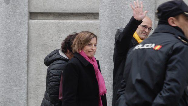 Carme Forcadell y Raül Romeva entrando en el Tribunal Supremo. Foto: Francisco Toledo