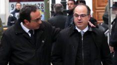 Josep Rull y Jordi Turull a su llegada al Tribunal Supremo. (Foto: EFE)