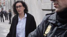 Marta Rovira se fuga al extranjero.
