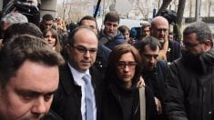 Los consellers imputados, saliendo del Supremo. (Foto: Francisco Toledo)