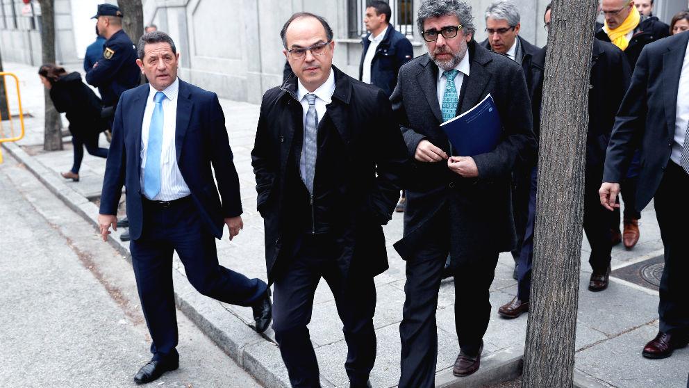 El exconseller Jordi Turull (c), (Foto: Efe)