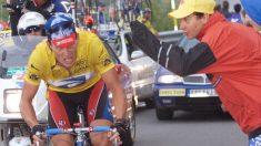 Armstrong durante su subida al Sestrieres el 13 julio 1999. (AFP)
