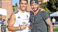 Beckham y Cristiano Ronaldo durante una pretemporada del Real Madrid. (Realmadrid.com)