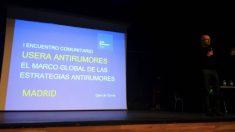 Encuentro antirumores en Usera. (Foto. TW)