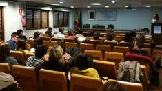 A.M.A. participa en las jornadas de formación del Colegio Oficial de Farmacéuticos de Asturias (Foto: A.M.A.)