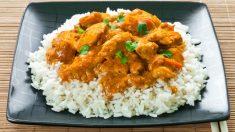 Receta de arroz con pollo al curry fácil de preparar