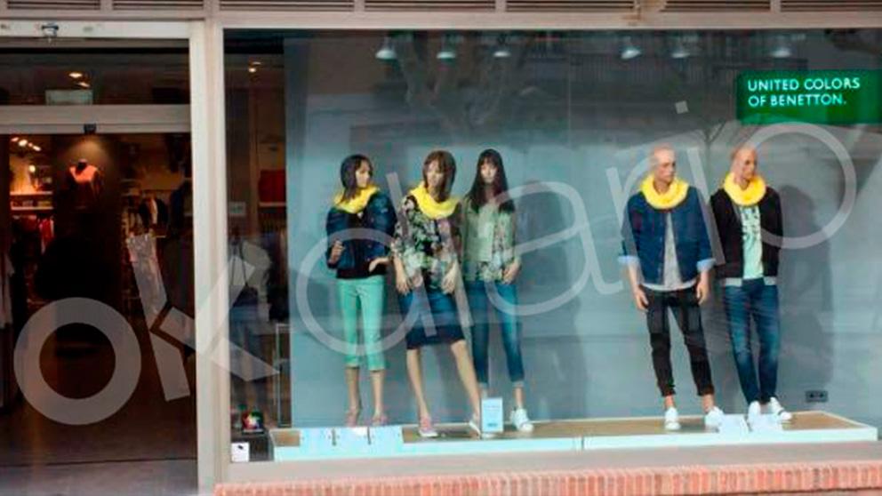 Escaparate de United Colord of Benetton en Mollet del Vallès (Barcelona)