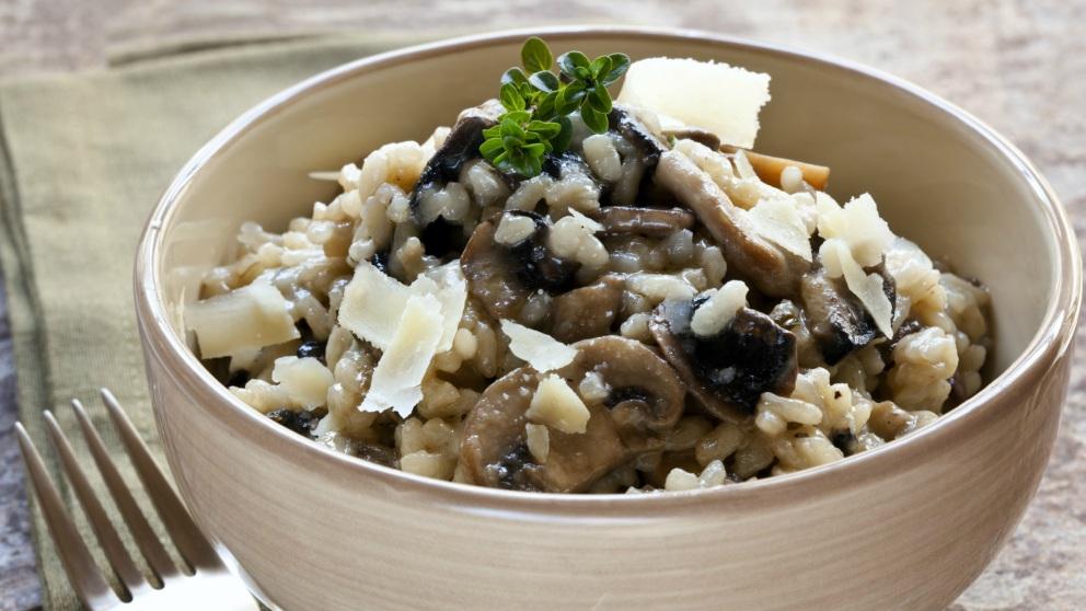 Receta de risotto de champiñones, un arroz increíblemente cremoso