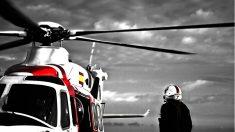 Helimer 201 y Salvamento Marítimo rescatan a un marine estadounidense accidentado en su submarino. (Foto: H.Barera / Salvamento Marítimo)