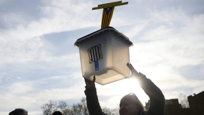 Marlaska resopla al oír las cinco preguntas demoledoras sobre Sánchez y Cataluña