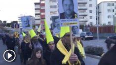 Procesión independentista a las puertas de la cárcel de Tarragona.