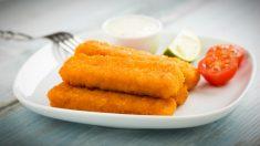 Receta de tiras de pescado crujientes al limón fácil de preparar