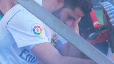 Nacho, en el banquillo tras ser sustituido.