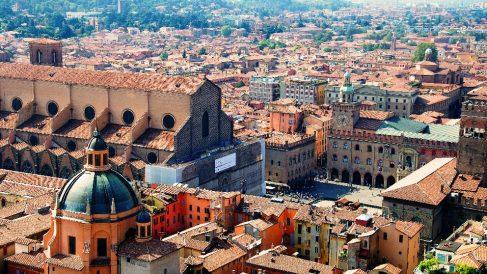 Descubre aquí lugares, rutas, planes y dónde comer en Bolonia