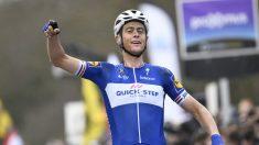 Terpstra celebra su triunfo en Flandes. (AFP)