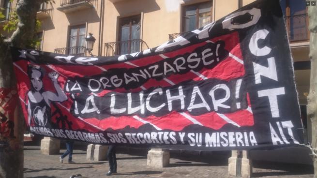 CNT llama a los trabajadores catalanes a combatir al Estado «tirano y represor» con un programa de acciones