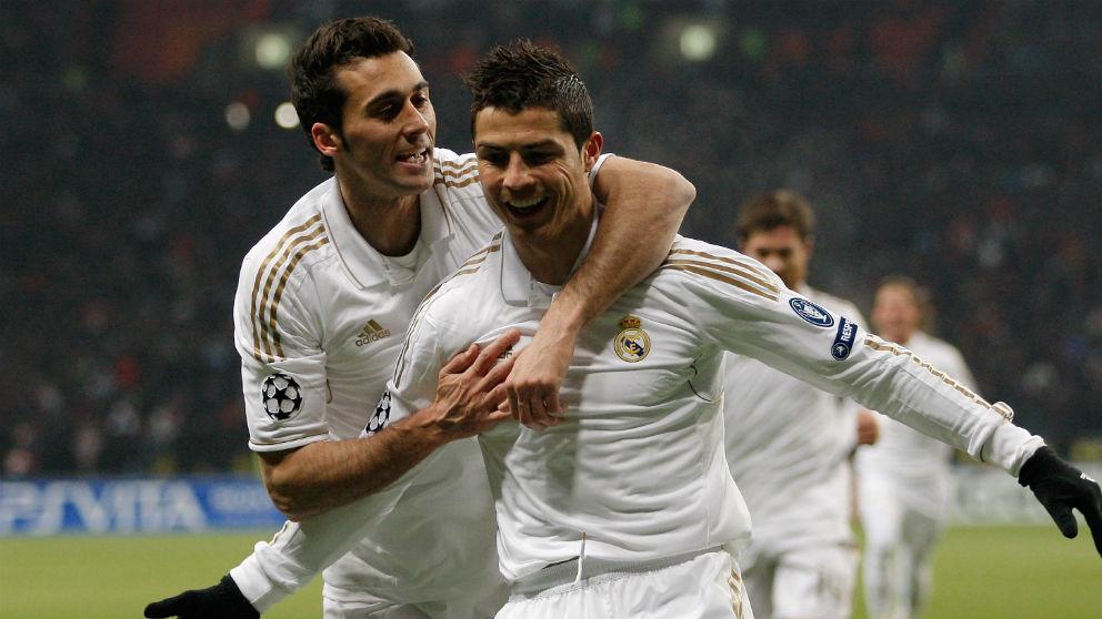 Álvaro Arbeloa celebra un gol con Cristiano Ronaldo. (Getty)