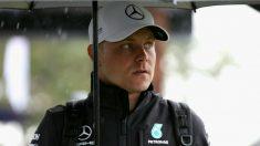 Valtteri Bottas podría acabar pilotando para Ferrari, donde llegaría sustituyendo a Kimi Raikkonen. Ambos pilotos finlandeses acaban sus respectivos contratos a finales de este año. (Getty)
