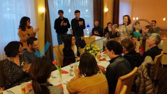 El nº 2 del Parlament y la mujer de Puigdemont acuden a una cena homenaje al ex president en Neumünster