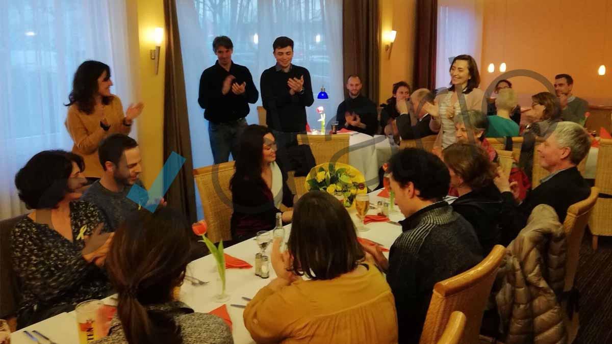Marcela Topor en una cena homenaje a su marido Carles Puigdemont.