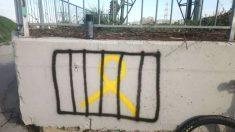 Pintada de un lazo amarillo