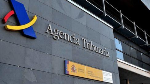 Según la última lista de morosos más de 4.300 personas deben a Hacienda más de un millón de euros.