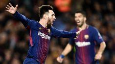 Leo Messi y Luis Suárez celebran el gol del Barcelona en la Liga Santander. (AFP)