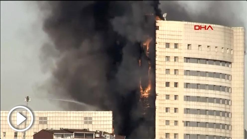 Incendio en Estambul