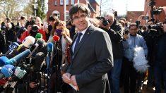 Carles Puigdemont a su salida de la prisión de Neumünster. (Foto: AFP)