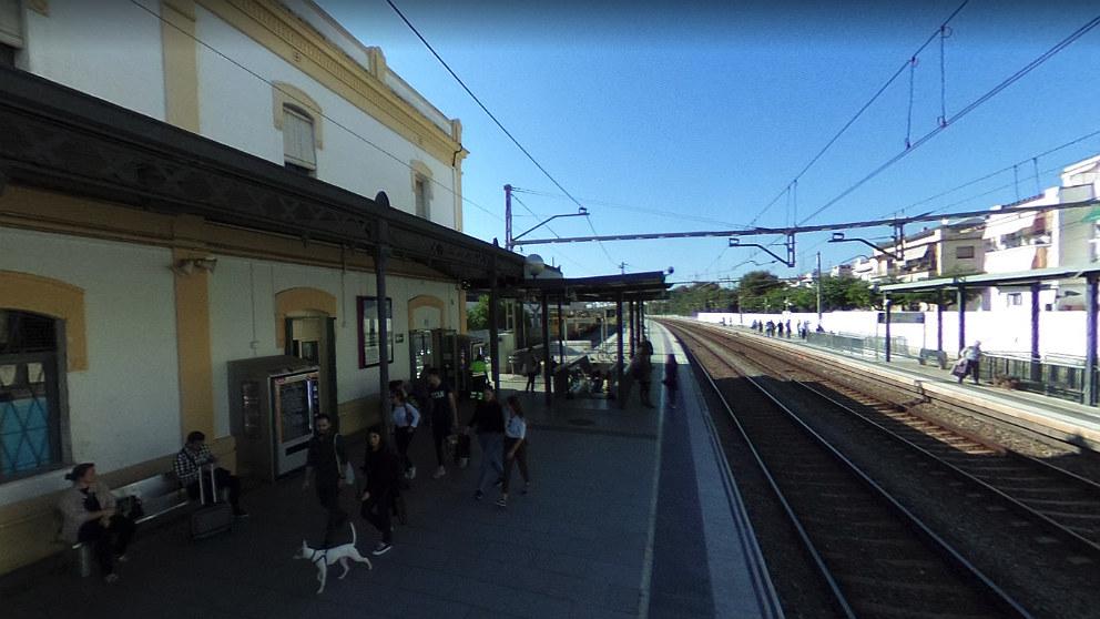 Estación de tren de Sitges (Barcelona), donde tuvo lugar la agresión.