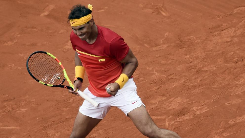Rafa Nadal celebra su victoria ante Kohlschreiber. (AFP)