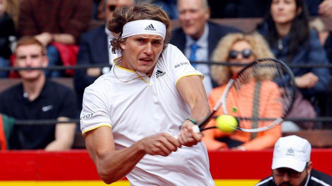 Zverev barre a Ferrer y da ventaja a Alemania