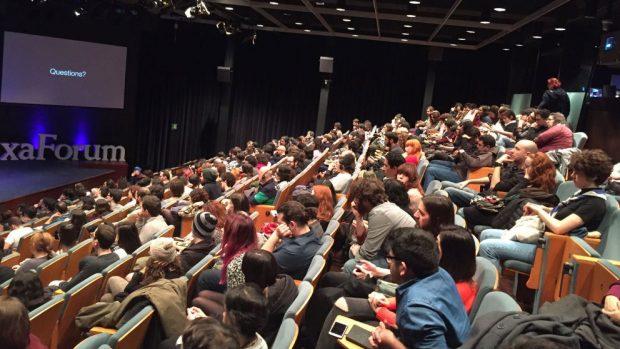EL público llenado el CaixaForum en la edición itinerante de Animayo en Barcelona el año pasado.