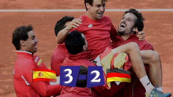 Ferrer culmina la remontada y da la victoria a España