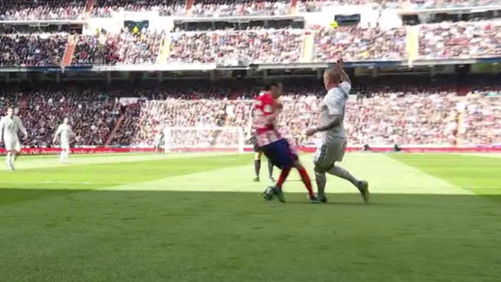 Kroos reclamó un penalti de Juanfran.