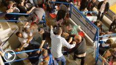 Pelea entre aficionados en el Palacio de Deportes de Reus (Tarragona).