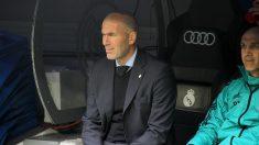 Zidane durante el derbi madrileño. (Enrique Falcón)