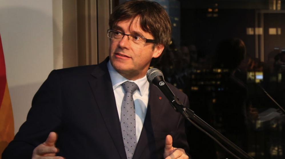 Carles Puigdemont impartiendo una charla. (Foto. Flickr)