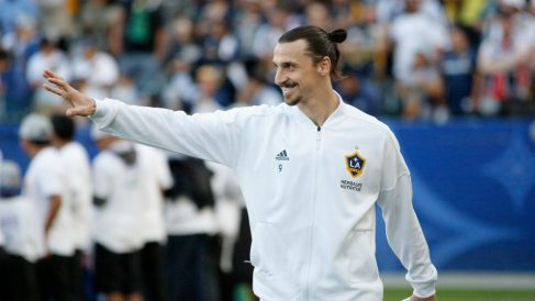 Ibrahimovic, antes de un partido con LA Galaxy. (Getty)